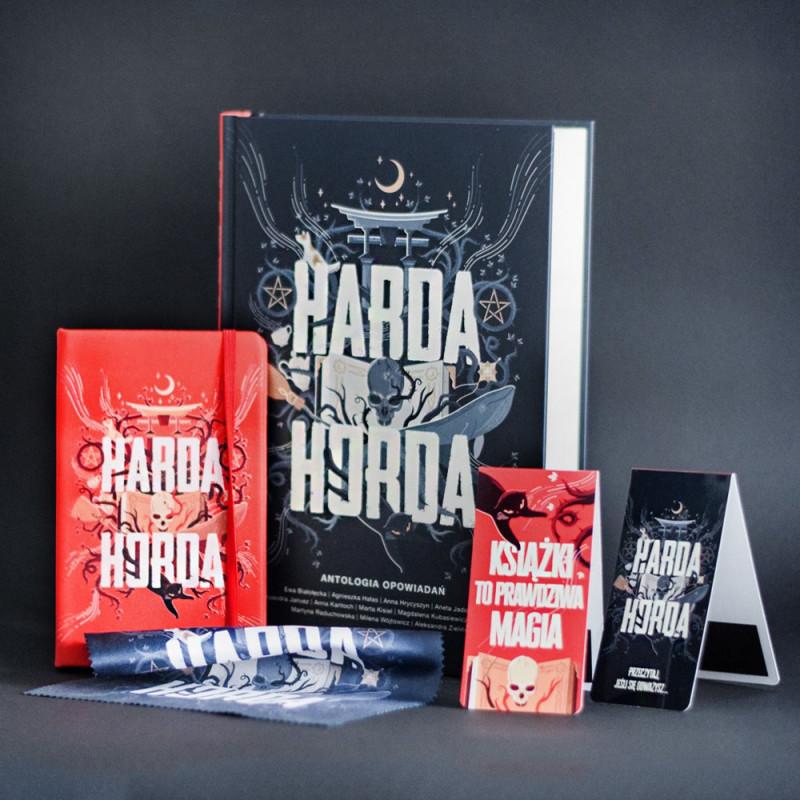 Zdjęcie pakietu Bookbox Harda Horda w SQN Store